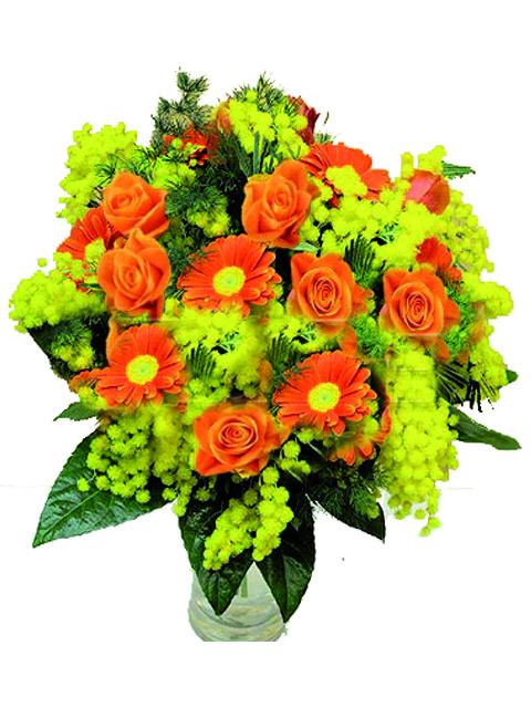bouquet di rose gerbere e mimosa